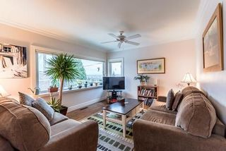 Photo 7: 921 SURREY Street in New Westminster: The Heights NW House for sale : MLS®# R2222277