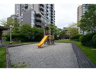 Photo 16: # 408 3488 VANNESS AV in Vancouver: Collingwood VE Condo for sale (Vancouver East)  : MLS®# V1123357