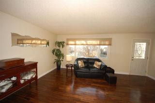 Photo 7: 15 MENLO Crescent: Sherwood Park House for sale : MLS®# E4239722