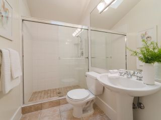 """Photo 16: 322 W 15TH Avenue in Vancouver: Mount Pleasant VW Townhouse for sale in """"Mayor's House"""" (Vancouver West)  : MLS®# R2324549"""