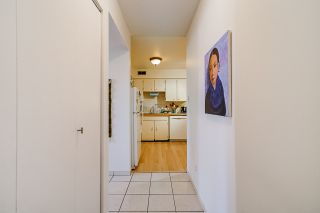 "Photo 4: 7366 CORONADO Drive in Burnaby: Montecito Townhouse for sale in ""VILLA MONTECITO"" (Burnaby North)  : MLS®# R2570804"