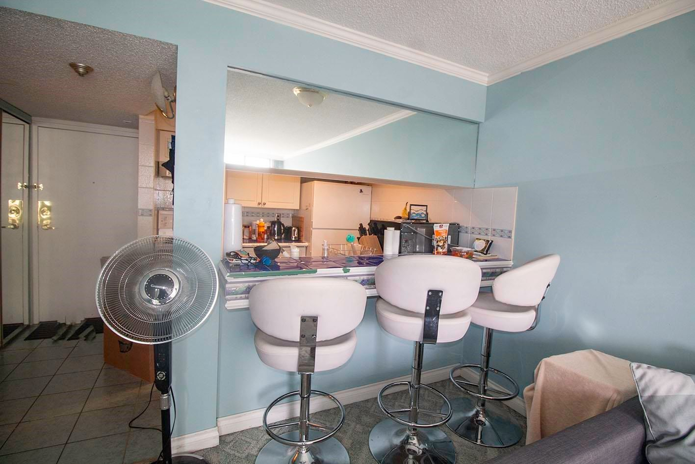 """Main Photo: 704 1270 ROBSON Street in Vancouver: West End VW Condo for sale in """"ROBSON GARDENS"""" (Vancouver West)  : MLS®# R2598377"""