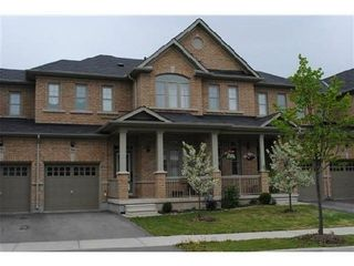 Photo 1: 584 Holland Heights in Milton: Scott House (2-Storey) for lease : MLS®# W2970881