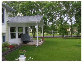 Photo 2: 526 ELM Street in ILEDESCH: Glenlea / Ste. Agathe / St. Adolphe / Grande Pointe / Ile des Chenes / Vermette / Niverville Residential for sale (Winnipeg area)  : MLS®# 2706677