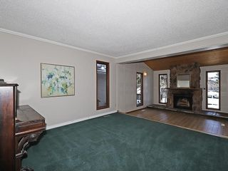 Photo 4: 4535 72 Street NW in Calgary: Bowness House for sale : MLS®# C4163326