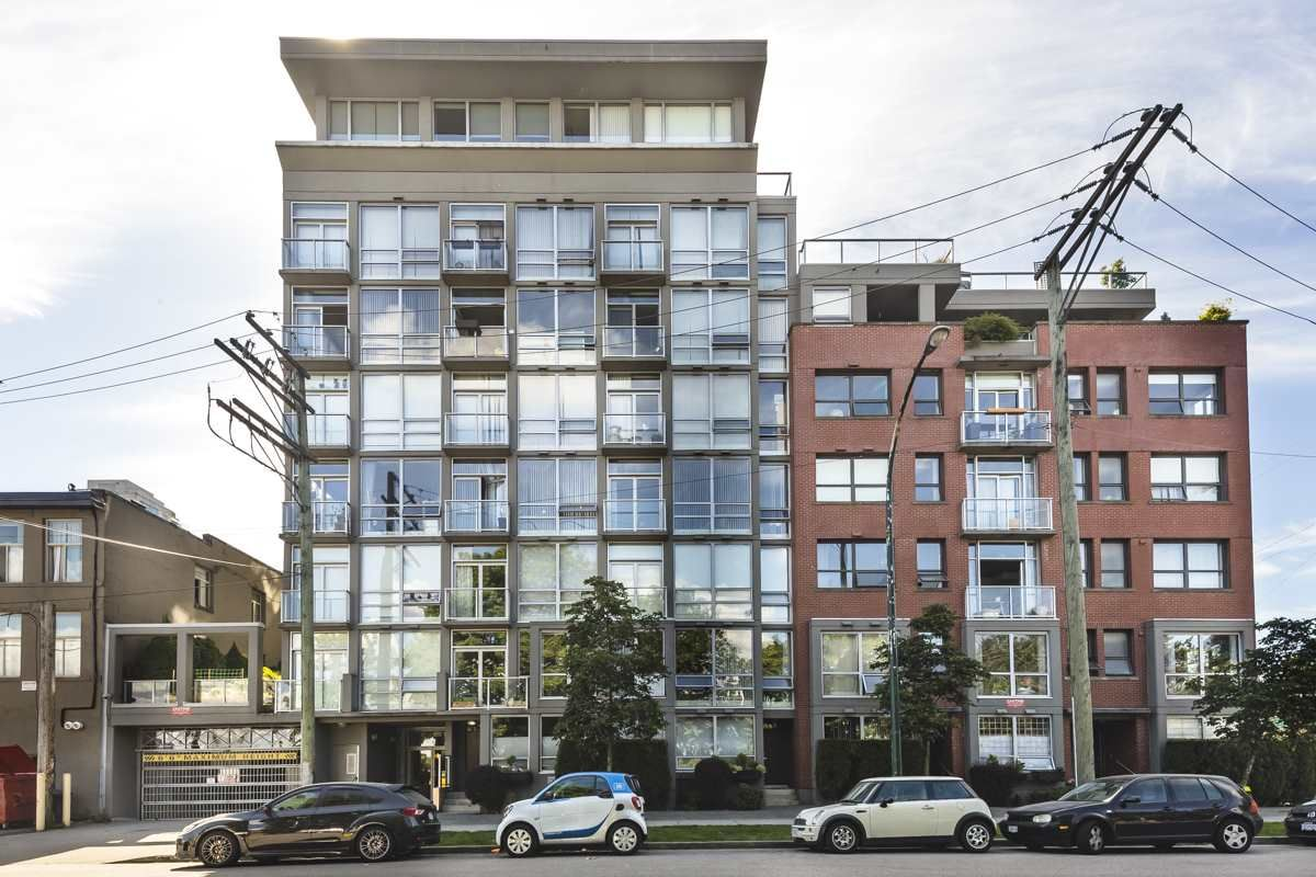"""Main Photo: 207 919 STATION Street in Vancouver: Mount Pleasant VE Condo for sale in """"Left Bank"""" (Vancouver East)  : MLS®# R2275486"""