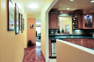 Photo 2: 211 6860 RUMBLE STREET in Burnaby: South Slope Condo for sale (Burnaby South)  : MLS®# R2087133