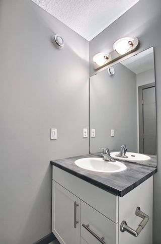 Photo 30: 17617 10 Avenue SW in Edmonton: Zone 56 Attached Home for sale : MLS®# E4262399