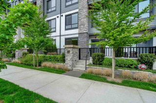 """Photo 2: 118 15351 101 Avenue in Surrey: Guildford Townhouse for sale in """"The Guildford"""" (North Surrey)  : MLS®# R2574525"""