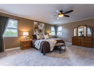 """Photo 17: 9267 207 Street in Langley: Walnut Grove House for sale in """"Greenwood Estates"""" : MLS®# R2582545"""