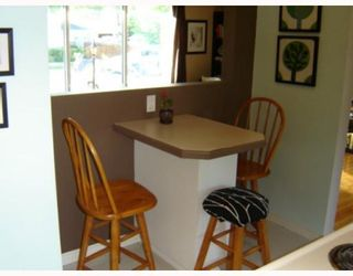 Photo 5: 65 DONEGAL Bay in WINNIPEG: East Kildonan Residential for sale (North East Winnipeg)  : MLS®# 2912345