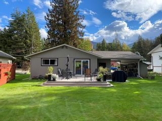 Photo 32: 710 Hemlock Crescent, S in Sicamous: House for sale : MLS®# 10240981