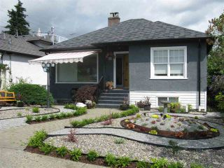 """Photo 1: 377 SIMPSON Street in New Westminster: Sapperton House for sale in """"SAPPERTON"""" : MLS®# R2543534"""