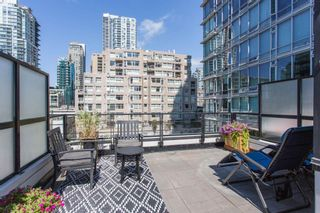 """Photo 2: 320 1255 SEYMOUR Street in Vancouver: Downtown VW Townhouse for sale in """"Elan"""" (Vancouver West)  : MLS®# R2604811"""