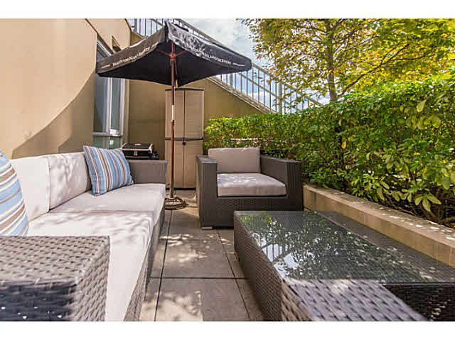 """Main Photo: 307 1030 W BROADWAY in Vancouver: Fairview VW Condo for sale in """"La Columba"""" (Vancouver West)  : MLS®# V1143142"""