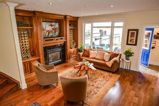 Photo 11: 2422 1 Avenue NW in Calgary: West Hillhurst Semi Detached for sale : MLS®# A1104201
