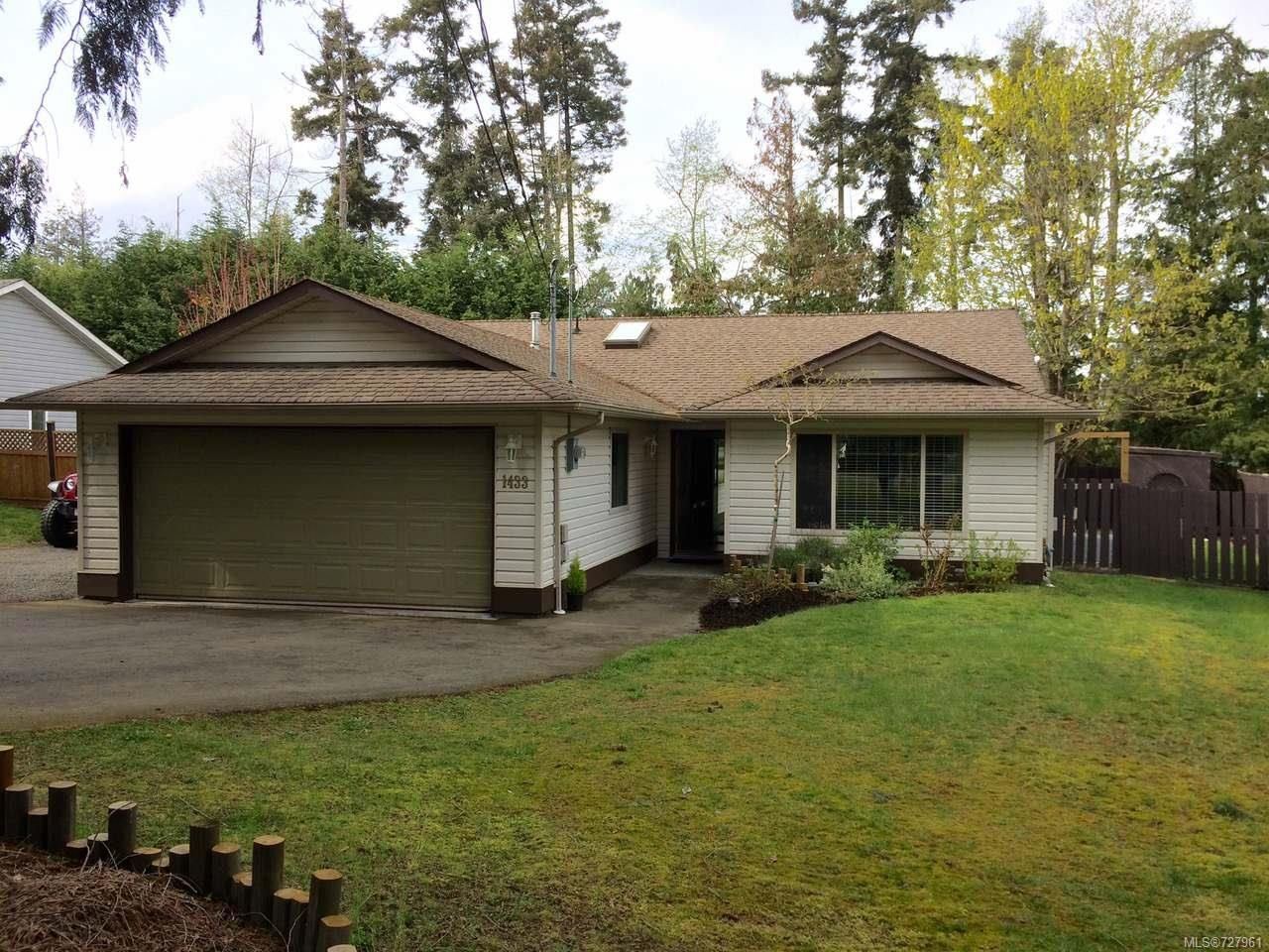 Photo 1: Photos: 1433 SUNRISE DRIVE in FRENCH CREEK: PQ French Creek House for sale (Parksville/Qualicum)  : MLS®# 727961