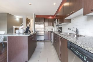 """Photo 3: 3 7533 HEATHER Street in Richmond: McLennan North Townhouse for sale in """"HEATHER GREENE"""" : MLS®# R2150144"""
