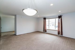 Photo 5: 307 Brookfield Crescent in Winnipeg: Bridgwater Lakes Residential for sale (1R)  : MLS®# 202118343