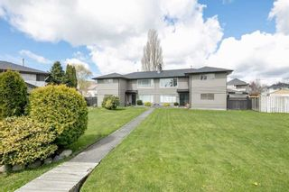Main Photo: 11111 - 11113 SEAFIELD Crescent in Richmond: Ironwood House for sale : MLS®# R2581364