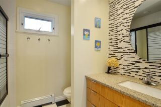 Photo 13: 15736 MOUNTAIN VIEW DRIVE in Surrey: Grandview Surrey House for sale (South Surrey White Rock)  : MLS®# R2095102