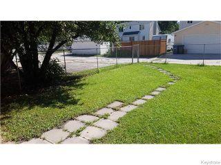 Photo 3: 258 Enniskillen Avenue in Winnipeg: West Kildonan Residential for sale (4D)  : MLS®# 1622455