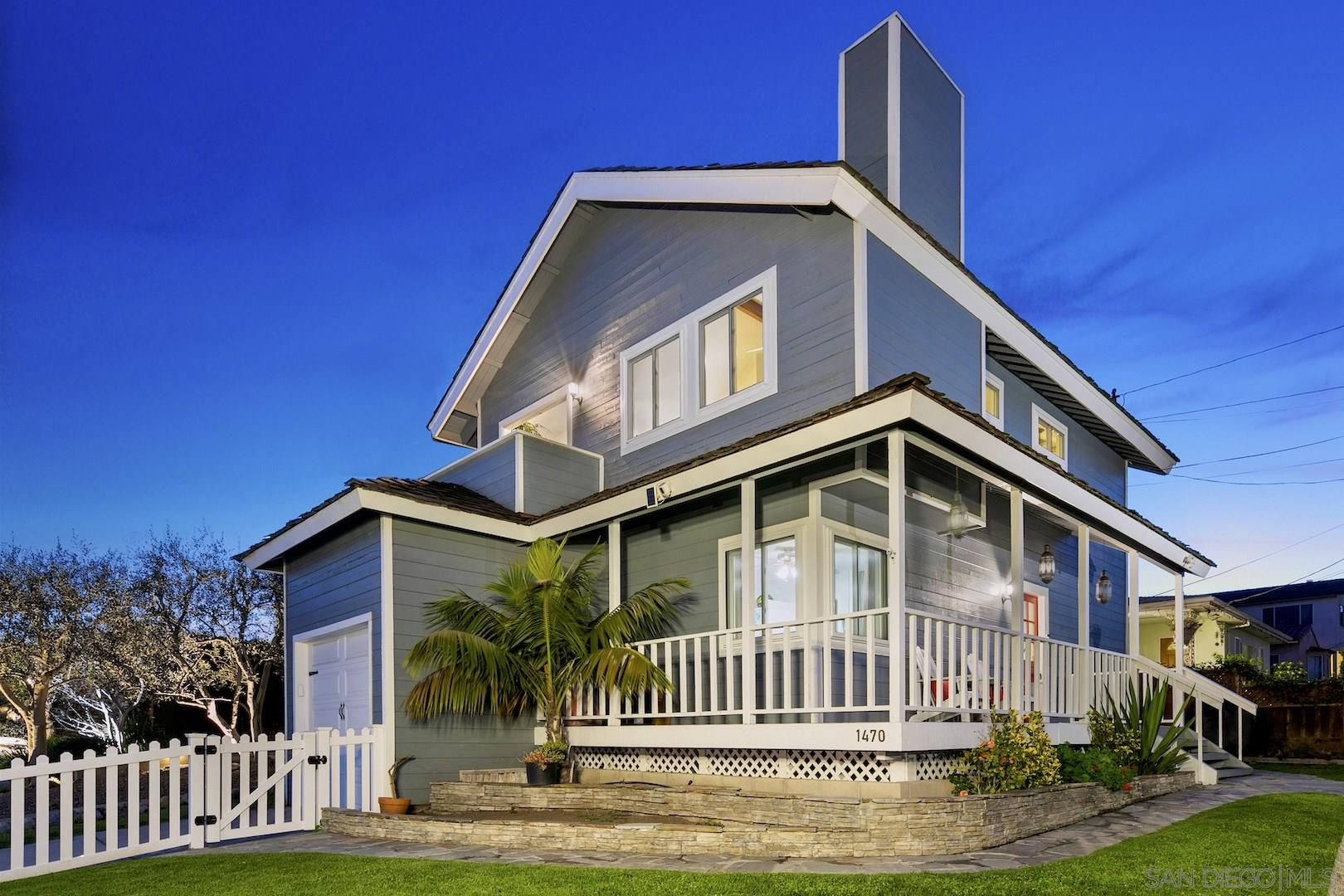 Main Photo: POINT LOMA House for sale : 3 bedrooms : 1470 Evergreen St in San Diego