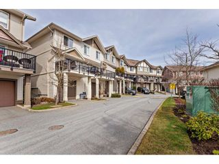 """Photo 33: 42 4401 BLAUSON Boulevard in Abbotsford: Abbotsford East Townhouse for sale in """"The Sage"""" : MLS®# R2554193"""
