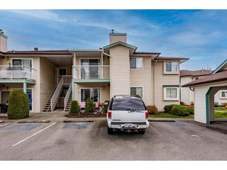 Photo 2: 12 45640 STOREY Avenue in Chilliwack: Sardis West Vedder Rd Townhouse for sale (Sardis)  : MLS®# R2555454