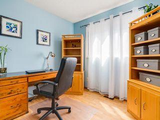 Photo 11: 87 CEDARBROOK Way SW in Calgary: Cedarbrae House for sale : MLS®# C4126859