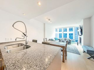 """Photo 5: 2504 1111 ALBERNI Street in Vancouver: West End VW Condo for sale in """"Shangri-La"""" (Vancouver West)  : MLS®# R2602921"""