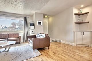 Photo 11: 816 Thorneycroft Drive NW in Calgary: Thorncliffe Detached for sale : MLS®# A1080703
