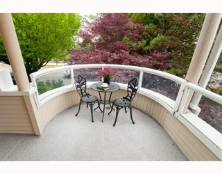 """Photo 4: 305 7520 COLUMBIA Street in Vancouver: Marpole Condo for sale in """"SPRINGS AT LANGARA"""" (Vancouver West)  : MLS®# V774014"""