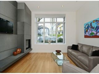 "Photo 3: 2048 WHYTE Avenue in Vancouver: Kitsilano 1/2 Duplex for sale in ""Kits Point"" (Vancouver West)  : MLS®# V1055098"