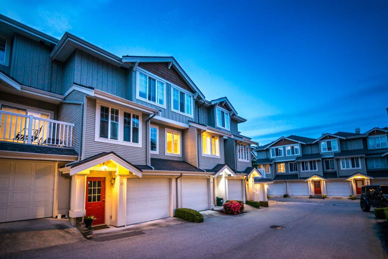 """Main Photo: 36 14877 58 Avenue in Surrey: Sullivan Station Townhouse for sale in """"REDMILL"""" : MLS®# R2373528"""