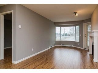 """Photo 3: 329 2750 FAIRLANE Street in Abbotsford: Central Abbotsford Condo for sale in """"THE FAIRLANE"""" : MLS®# F1428068"""