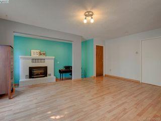 Photo 11: 1000 HIGHROCK Ave in VICTORIA: Es Rockheights House for sale (Esquimalt)  : MLS®# 793140