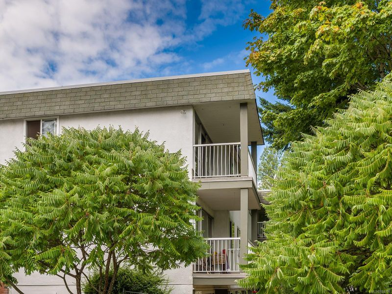 FEATURED LISTING: 2301 - 1007 Bowen Rd