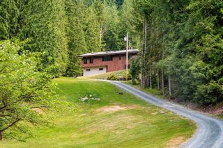 """Photo 27: 49199 CHILLIWACK LAKE Road in Chilliwack: Chilliwack River Valley House for sale in """"Chilliwack River Valley"""" (Sardis) : MLS®# R2597869"""