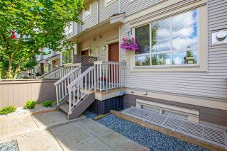 Photo 2: 5 19560 68 AVENUE in Surrey: Clayton Townhouse for sale (Cloverdale)  : MLS®# R2592237
