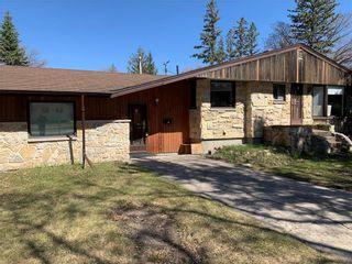 Photo 1: 615 Townsend Avenue in Winnipeg: Fort Richmond Residential for sale (1K)  : MLS®# 202009710