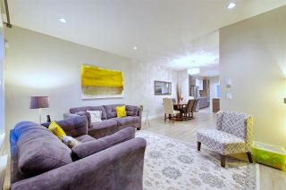 Photo 7: 28 2888 156 Street in Surrey: Grandview Surrey Townhouse for sale (South Surrey White Rock)  : MLS®# R2360738