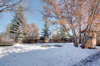 Photo 2: 2652 Lionel Crescent SW in Calgary: Lakeview Detached for sale : MLS®# A1072215