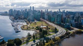 """Photo 20: 1702 1925 ALBERNI Street in Vancouver: West End VW Condo for sale in """"LAGUNA PARKSIDE"""" (Vancouver West)  : MLS®# R2563311"""