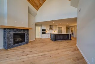 Photo 3: 410 1105 Spring Creek Drive: Canmore Apartment for sale : MLS®# A1116149