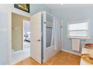 """Photo 26: 866 STEVENS Street: White Rock House for sale in """"west view"""" (South Surrey White Rock)  : MLS®# R2505074"""