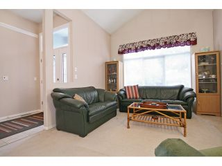 """Photo 4: 18861 64TH Avenue in Surrey: Cloverdale BC House for sale in """"CLOVERDALE"""" (Cloverdale)  : MLS®# F1442792"""