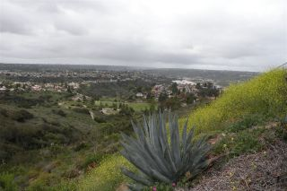Photo 2: DEL CERRO House for sale : 3 bedrooms : 8366 High Winds Way in San Diego