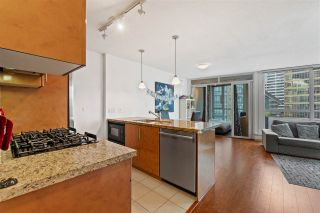 """Photo 10: 906 1189 MELVILLE Street in Vancouver: Coal Harbour Condo for sale in """"THE MELVILLE"""" (Vancouver West)  : MLS®# R2560831"""