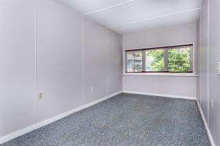 """Photo 11: 334 OLIVER Street in New Westminster: Queens Park House for sale in """"Queens Park"""" : MLS®# R2589086"""